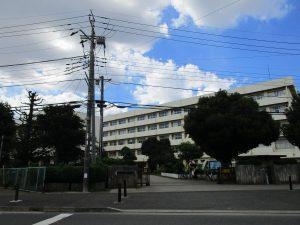 坪井小学校まで徒歩11分(約835m)