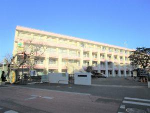 船橋市立夏見台小学校:579m